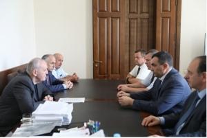 Визит делегации Министерства сельского хозяйства РФ в Абхазию для безвозмездной передачи вспомогательной агротехники.